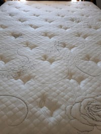 Queen mattress and box spring Palmdale, 93550
