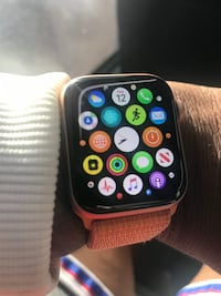 Apple Watch 4 40mm Tampa, 33609