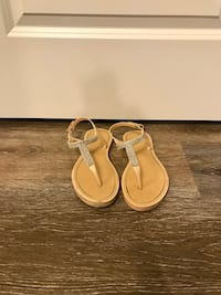 Beige diamond sandals Kelowna, V1X 4C3