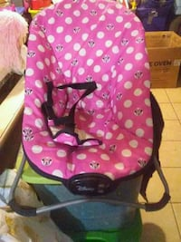 pink and white Minnie Mouse bouncer Smiths Station, 36877