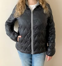 Woman autumn jacket. Size L Burnaby, V5H