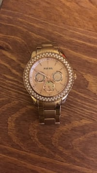 Round gold fossil chronograph watch with link bracelet Kelowna, V1Y