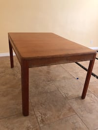 Wood dining table  Fort Myers, 33966