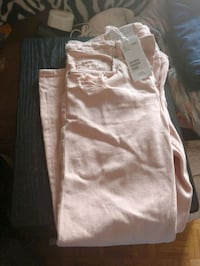 Brand new forever 21 pink jeans