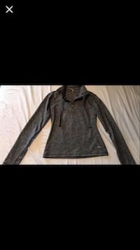 One tooth sweater size small Red Deer, T4P 4G1