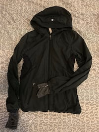Lululemon light running jacket Calgary, T1Y 7E7