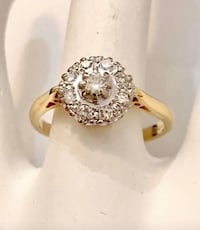 18k yellow gold Halo diamond engagement ring *Appraised at $1,950 Vaughan, L4J