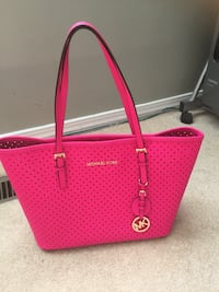 Hot pink authentic MK bag  Edmonton, T6L 6V9