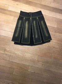 Barely used skirt size small-medium  783 km