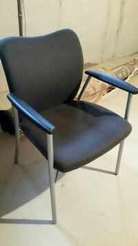 Office chair-like new.
