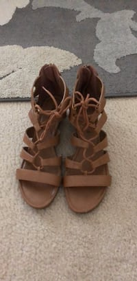 size 8.5 Wake Forest, 27587