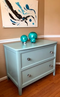 Dresser 2 large drawers  Gainesville, 20155