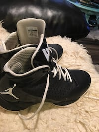 pair of black-and-white Nike basketball shoes Calgary, T2Y 3R8