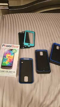 3 Samsung S5 case chargers 1 new 2 used