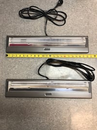 Under cabinet T-2 fluorescent lights $15 for both