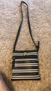 Tommy Hilfiger purse need gone  Myrtle Beach, 29588