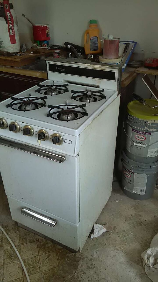 Used 18inch Gas Stove Oven For Small House Or Apartment In Allentown Letgo