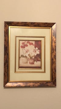 Brown wooden framed painting of flowers Dallas, 75201