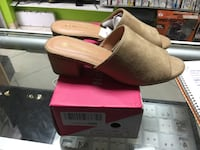 pair of brown leather wedge sandals with box 138 mi