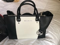 White and black michael kors leather tote bag Ellwood City, 16117