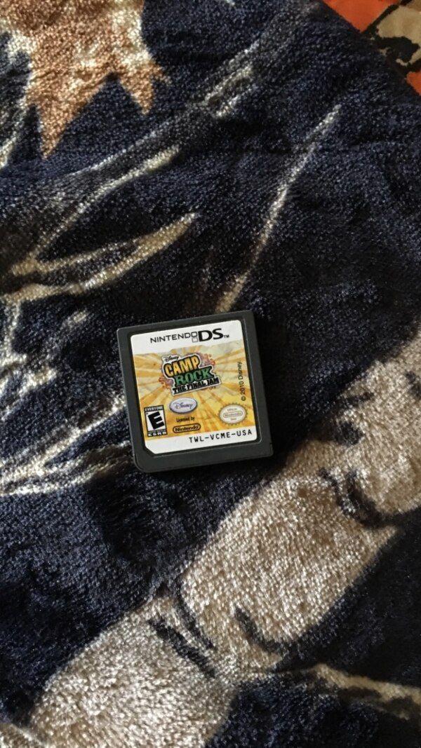 Camp Rock Nintendo DS game cartridge eb829fd7-783d-40af-a1ba-09a36893b3db