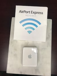 AirPort Express 1st Generation
