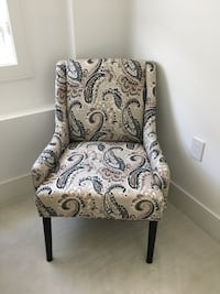 Stylus occasional chair - Like new  Vancouver, V6P 2N9