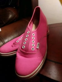 pair of pink VANS low-top sneakers Biloxi, 39530