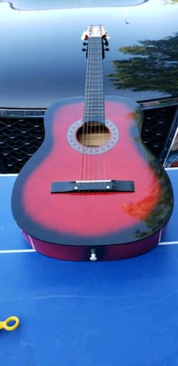 Acoustic guitar Huntington  Houston, 77339