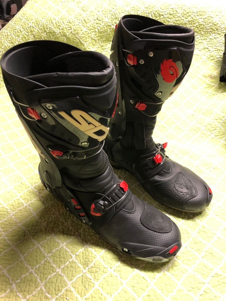 Photo SIDI AIR VORTICE MOTORCYCLE RACE BOOTS SZ11.5