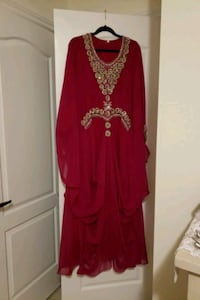 Arabian Dress  Courtice, L1E 2M9