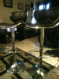 Black leather with silver trim swivel bar stools Las Vegas, 89119