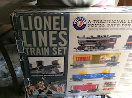Never been used Lionel lines train set