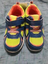 Kids Size 8 Sneakers Lusby, 20657