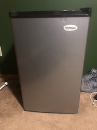 Chefmate mini fridge Zanesville, 43701