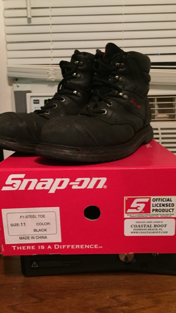 26b8d3df7b1 Snap On F1 size 11 boots