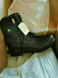 Size 10 Brand new in a box men's steel toe boots Laval, H7P 5V3
