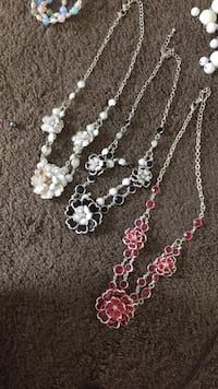 White black and pink beaded necklace Chino Valley, 86323