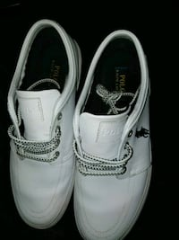 pair of white leather shoes Lithonia, 30038