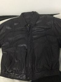 Moore's leather jacket XL Langley, V3A 3R4