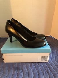 Comfort Plus by Predictions Brand New Black Heels Size 8.5W Manassas, 20112