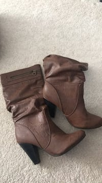 Size 8 boots - worn once Caledon, L6R