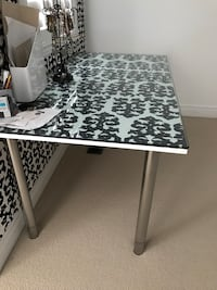 Rectangular white and black wooden table Vaughan, L6A