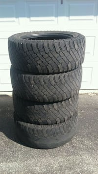 Used tires 35 R20s good for thrashing Fishers, 46037