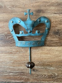Mounted Hook with Crown