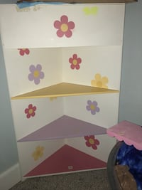 white and pink wooden 3-layer shelf Houston, 77017