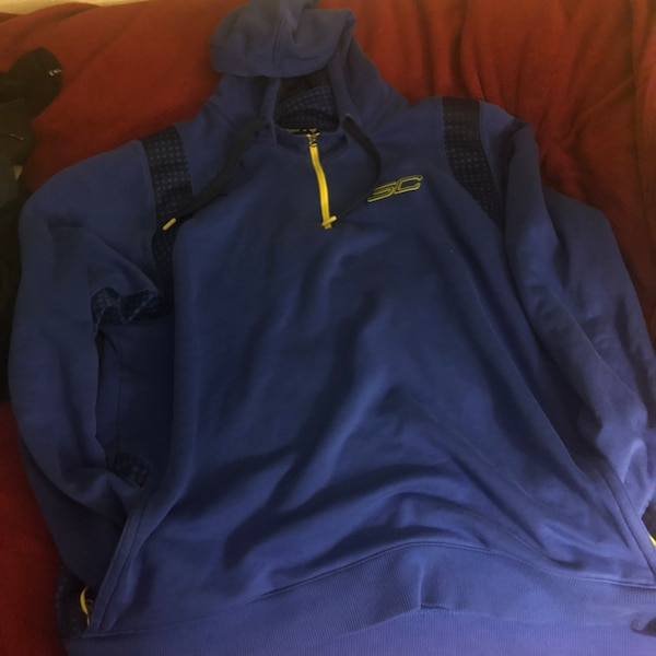 on sale ee122 6ed62 Steph Curry Under Armour Hoodie 2XL