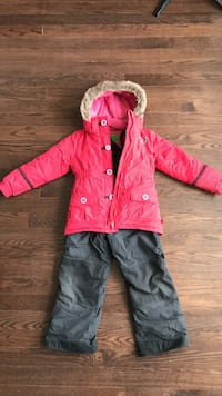 red and white zip-up hooded jacket Blainville, J7C 0E3