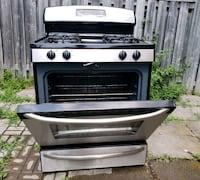 GE GAS STOVES STAINLESS STEEL Vaughan, L6A 3G2