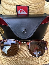 Black ray-ban clubmaster sunglasses with case Norfolk, 23502